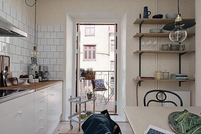 7 cách bố trí thông minh cho không gian nhà bếp thông thoáng - Ảnh 5.