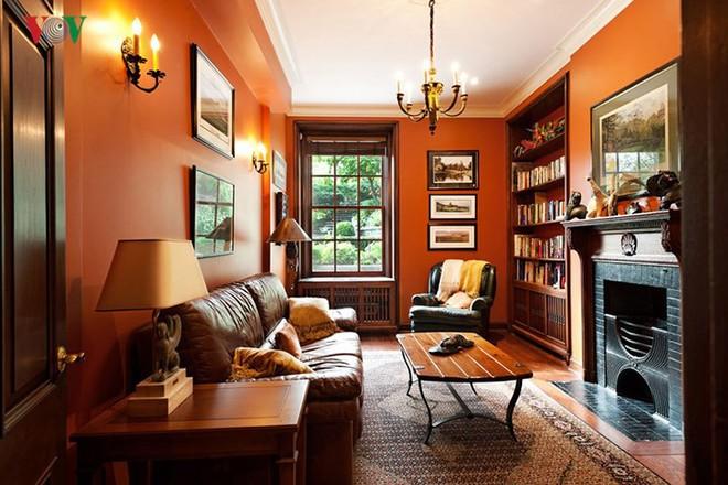 Không gian sống hiện đại với nội thất màu cam - Ảnh 7.