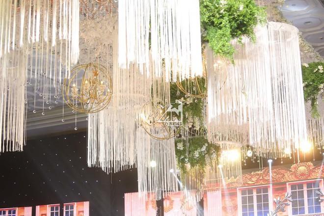 Không gian đám cưới lung linh của em gái Trấn Thành và bạn trai người Hồng Kông - ảnh 8