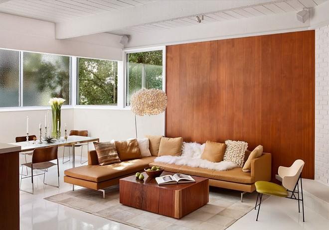 Độc đáo, lạ mắt lại vô cùng ấm áp ngay khi nhìn thấy: 10 phòng khách với thiết kế bức tường gỗ này sẽ chinh phục bạn - Ảnh 10.