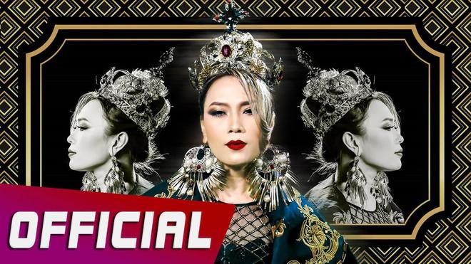 Loạt MV 'lầy lội' chứng minh Mỹ Tâm xứng danh 'mợ chảnh' Chun Song Yi phiên bản Vpop - Ảnh 10.
