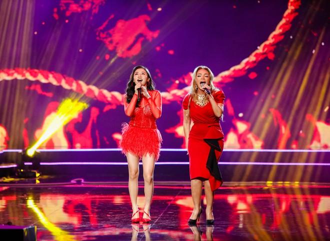 Hà Thu - Nam Em diện áo dài rực rỡ, khoe giọng ngọt ngào khi hát Bolero - Ảnh 17.