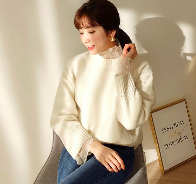 Thêm một cách diện layer áo len/áo nỉ cực xinh cho các nàng nữ tính - Ảnh 4.
