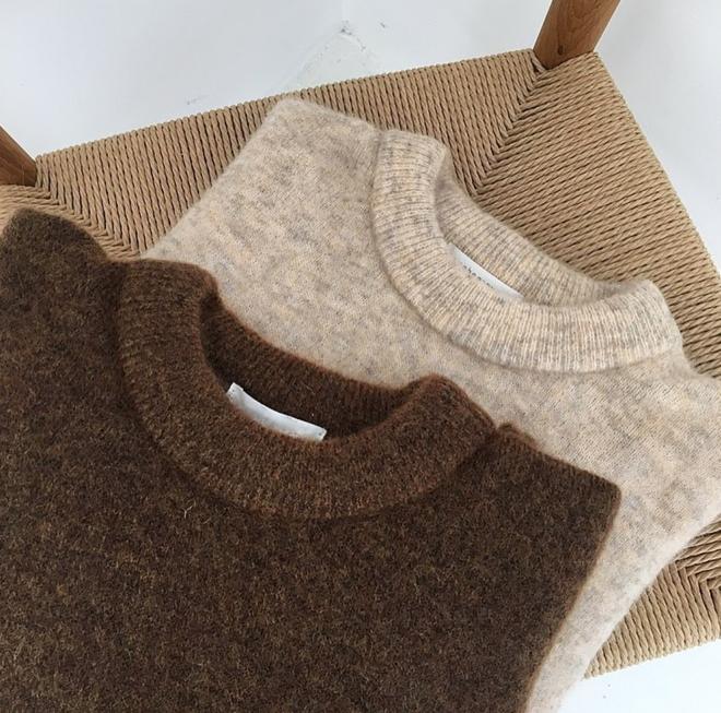 Áo len mặc qua mấy mùa vẫn không bai dão nếu bạn dắt túi những mẹo sau - Ảnh 1.