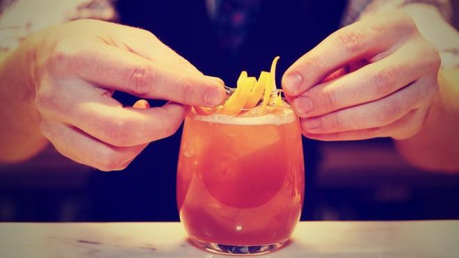 7 thói quen ăn uống này sẽ khiến bạn già nhanh đến chóng mặt - Ảnh 3.