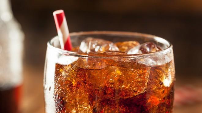 7 thói quen ăn uống này sẽ khiến bạn già nhanh đến chóng mặt - Ảnh 6.