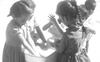 """Thì ra trường mẫu giáo cách đây 50 năm đã dạy trẻ con nhiều bài học """"tân tiến và hiện đại"""""""