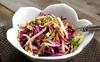 Muốn ăn kiêng giảm cân, bạn không thể bỏ qua món salad bắp cải