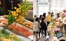 Hà Nội: Sát 20/10, hoa nhập khẩu tiêu thụ chóng mặt, giá đắt đỏ cả triệu đồng/bông vẫn hút khách