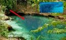 Dòng sông xanh hiền hòa ẩn chứa bí mật đáng kinh ngạc
