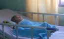 Em bé bị não úng thuỷ được đưa sang Singapore lần 2 để tiểu phẫu