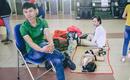 Chùm ảnh: Người dân trải chiếu nằm chờ tàu ở Sài Gòn để về quê ăn Tết