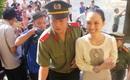 Tiếp phiên xét xử vụ lừa đảo 16,5 tỷ đồng: Lữ Minh Nghĩa giao nộp 5 bức thư Thùy Dung chuyển từ trong trại giam