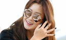 Kim Hee Sun bất ngờ tới Đà Nẵng nghỉ dưỡng, chào thân thiện với người hâm mộ tại sân bay