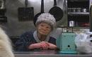 Lí do khiến cụ bà 91 tuổi này duy trì quán ăn đêm suốt 70 năm khiến cho nhiều người bật khóc