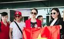 Hương Giang diện nguyên cây đồ đỏ rực, mang theo 105 kg trang phục đi chinh chiến