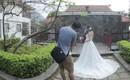 Nhờ tư vấn chụp ảnh cưới theo phong cách đơn giản, cô dâu được nhiếp ảnh khuyên nên chụp 3x4