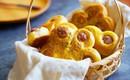 Bữa sáng ngon lành với món bánh mì hoa mai mềm thơm đẹp mắt