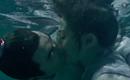 Thật ngại làm sao, Nguyễn Kinh Thiên - Dương Mịch đang hôn nhau dưới nước kìa!