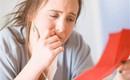 Quyết định ly hôn nhưng vẫn muốn hỏi ý kiến của mẹ đẻ, khi vừa đọc mảnh giấy của bà đưa cho, tôi không thể ngừng khóc