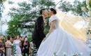 """Sau đám cưới """"5 sao"""" xa xỉ, doanh nhân chuyển giới tiết lộ về màn cầu hôn cực kì giản dị"""