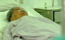 Một tiếng căng thẳng can thiệp tim cứu cụ bà 97 tuổi đã ngừng thở ở Sài Gòn