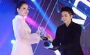 Hiếm hoi xuất hiện cùng nhau trên sân khấu nhưng Chi Pu vẫn tránh ánh mắt Gil Lê