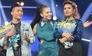 """""""Cô dâu Philippines"""" khóc như mưa khi lên ngôi Quán quân Vietnam Idol 2016"""