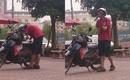 Dân mạng xôn xao xúc động vì chuyện chàng shipper trẻ cụt 2 tay trên phố Hà Nội