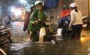 Chiều tối nay, Sài Gòn tiếp tục mưa lớn