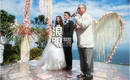 Lâm Tâm Như diện váy cô dâu trắng muốt, rạng rỡ sánh đôi bên Hoắc Kiến Hoa