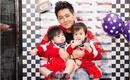Cặp song sinh của Lâm Chí Dĩnh cực kháu khỉnh trong sinh nhật 1 tuổi