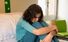 """Để phản đối chuyện của bố mẹ, con gái tôi đã tự dùng dao rạch lên tay mình chữ """"hận"""""""