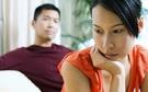 Niềm tin sụp đổ khi cầm tờ xét nghiệm ADN trong ngăn kéo bàn của chồng