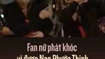 Fan nữ phát khóc vì được Noo Phước Thịnh ôm và che mưa