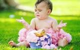 Muôn kiểu thưởng thức bánh kem theo cách đã đời nhất của lũ trẻ