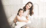 MC Minh Trang cùng con gái hướng dẫn các bé cách đánh răng cực chuẩn
