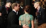Hoàng tử William chẳng bao giờ nắm tay Công nương Kate ở nơi công cộng, nhưng lại luôn có hành động ngọt ngào này