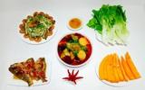 Mẹ Bông chia sẻ thực đơn cơm tối ngon lành đầy màu sắc