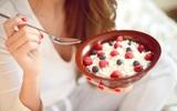 Tiết lộ của 6 chuyên gia dinh dưỡng về những thực phẩm khi ăn có thể đánh bay sự căng thẳng