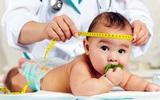Đây là các dấu mốc phát triển của trẻ sơ sinh trong 1 năm đầu đời