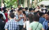 Hà Nội: Các điểm vui chơi giải trí đặc kín người trong dịp nghỉ lễ 30/4