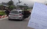 Tài xế taxi mở 2 cánh cửa đưa người TNGT đi cấp cứu: