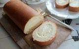 Muốn làm bánh cuộn mềm mịn không bị nứt mặt, bạn nhất định phải đọc bài viết này