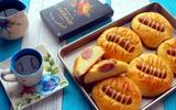 Làm bánh mì xúc xích nhanh gọn mà ngon cực kỳ