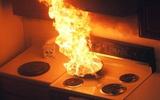 Cảnh báo: Chế biến các nguyên liệu này trong bếp phải thật cẩn thận vì có thể gây cháy nổ kinh hoàng