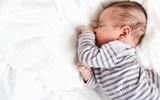 Những sai lầm có thể dẫn đến cái chết của trẻ sơ sinh trong phòng ngủ bố mẹ cần biết