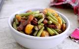 Thịt rim rau củ đậm đà ngon cơm