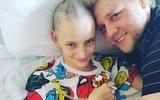 Cố gắng đi ngủ dù rất đau đầu, cô gái người Canada đã phải phẫu thuật vì đột quỵ não