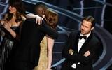 Bí ẩn nào phía sau sự cố trao nhầm giải thưởng hy hữu của Oscar 2017?